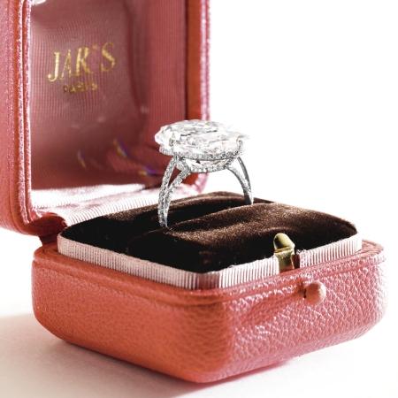 Le-Style-Report-LeStyleReport.com-JAR Jewelry Paris by Joel Arthur Rosenthal Ellen Barkin Jewelry Lily Safra Jewelry-5